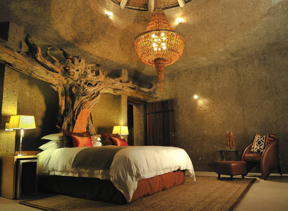 The amazing tree sculpture inside the Amber Presidential Suite at Earth Lodge, South Africa.